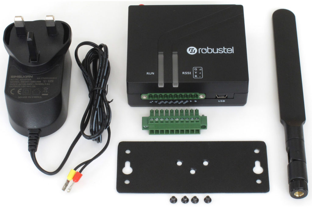 Image of contents of M1200 4G Wireless Gateway kit with everything requried to get started evaluating Robustel M1200